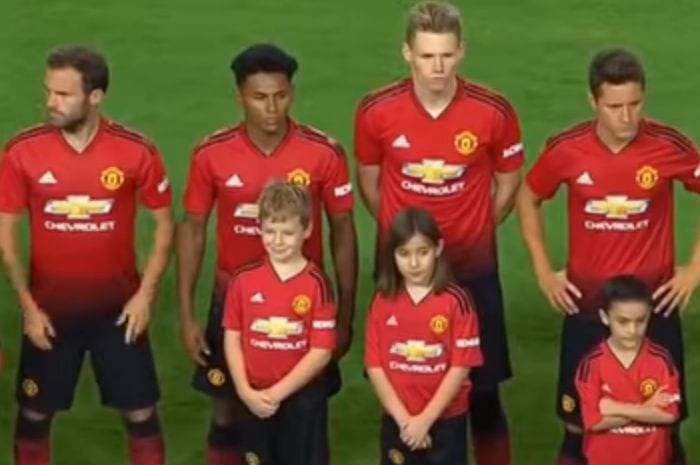 Mourinho S Red And Black Army Why The New Man United Kit Is A Shocker